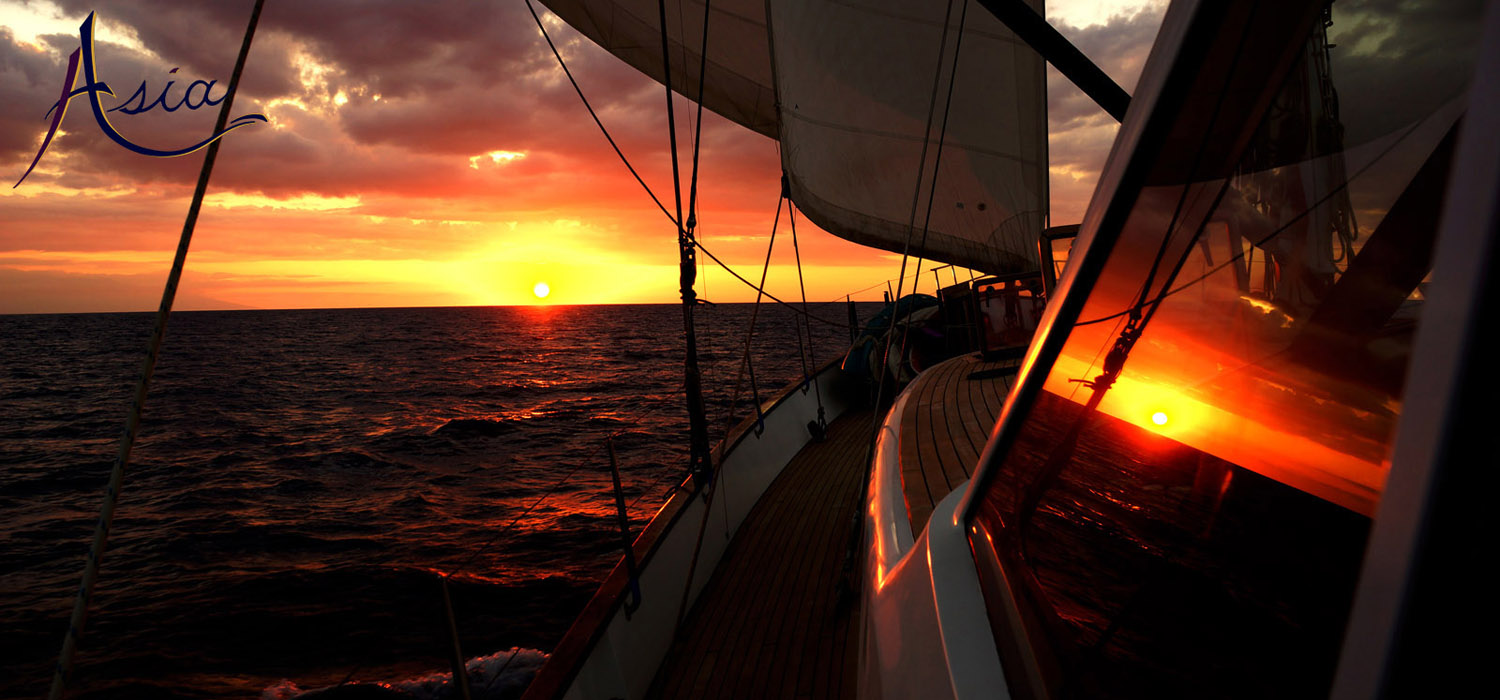 Sailing Yacht Charter Indonesia